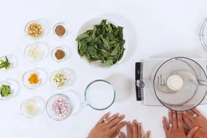 How to Make an Anti-Inflammatory Green Curry Paste