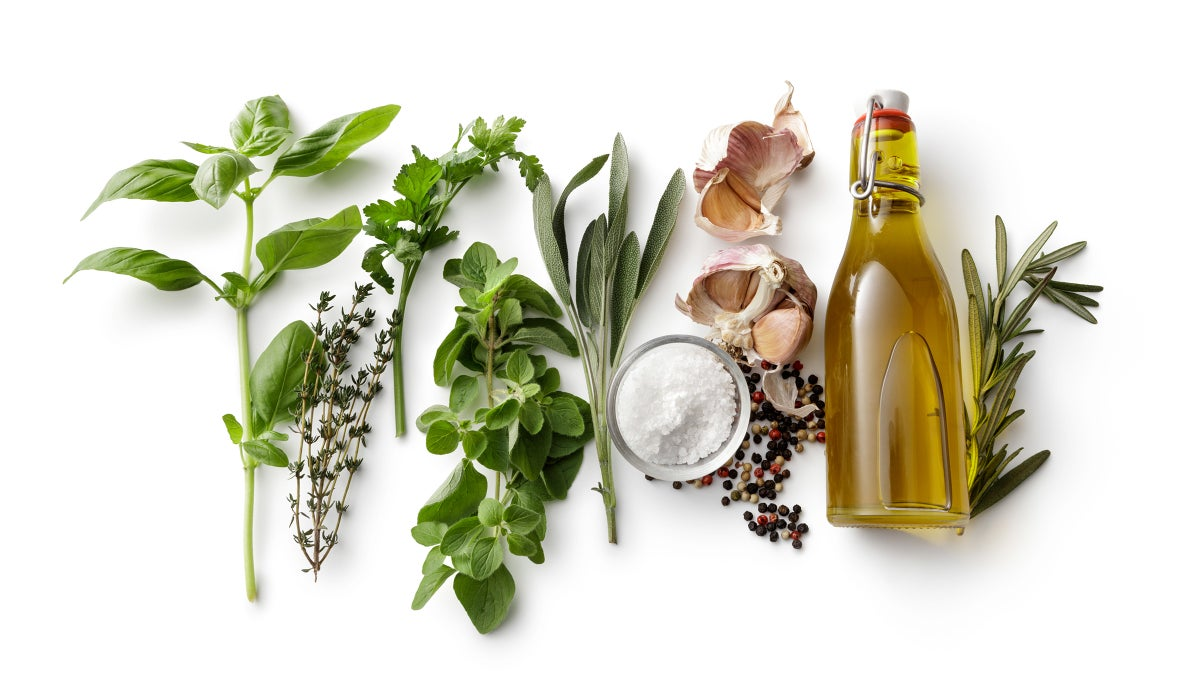 6 Chef's Secrets to Making The Perfect Salad Dressing