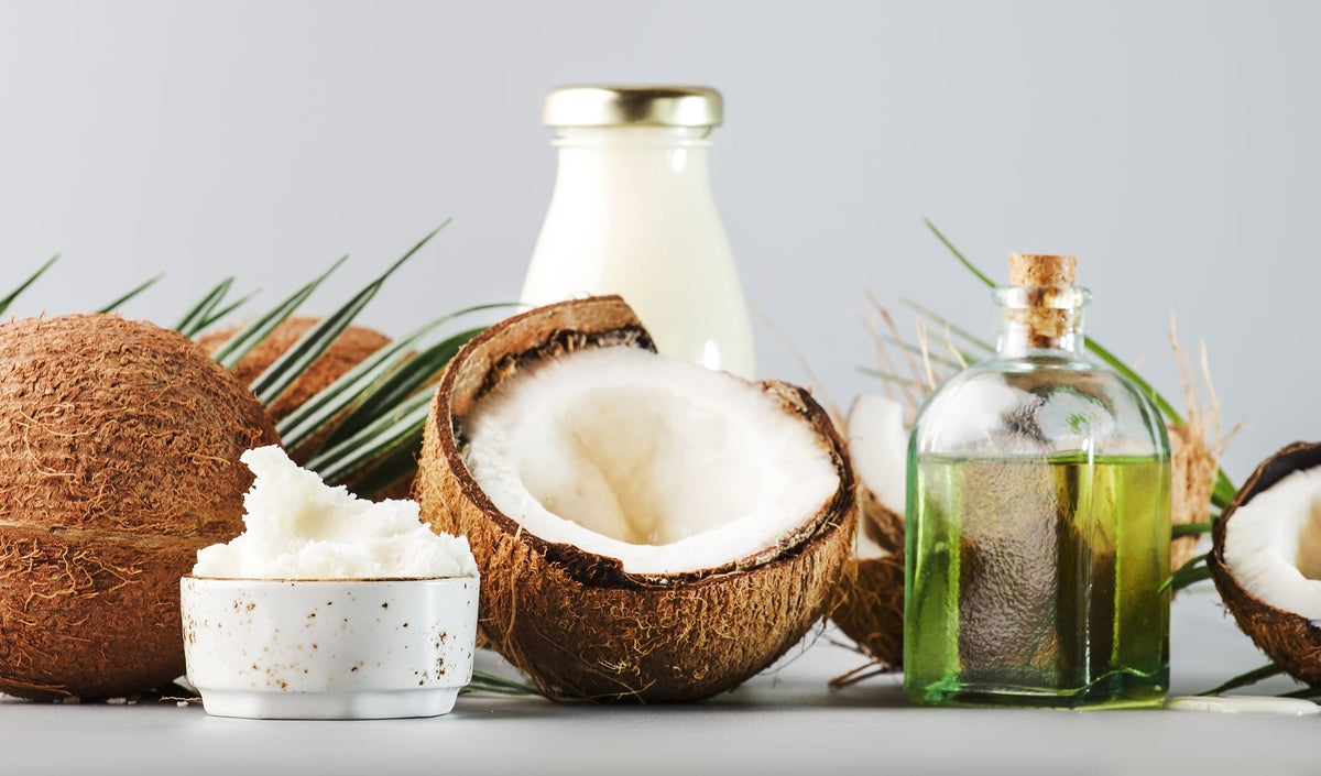 MCT Oil vs. Coconut Oil: What's the Difference?