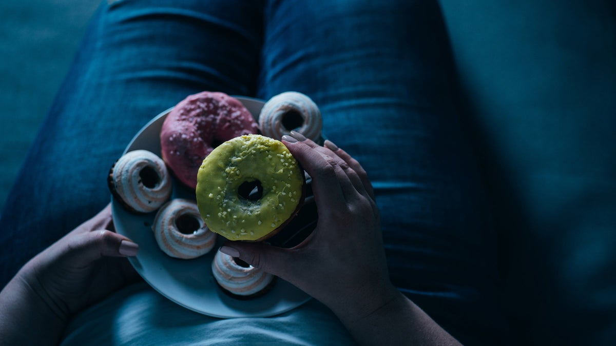 10 Ways to Quell Emotional Eating